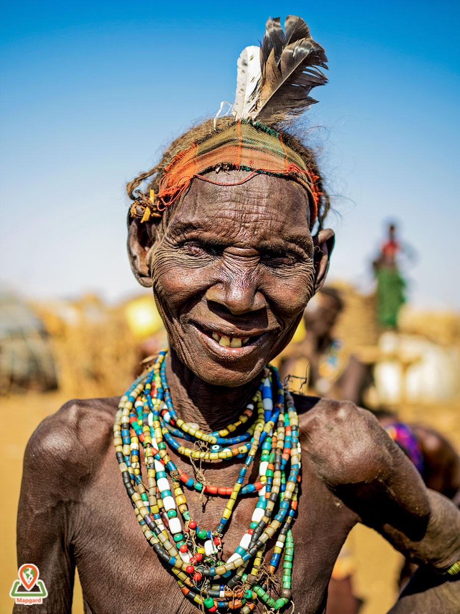 9) زنی از قبیله داسانچ (Dassanech Tribe)