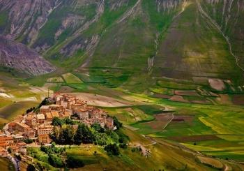 پارک ملی مونتی سیبیلینی (Monti Sibillini National Park) | ایتالیا (Italy)