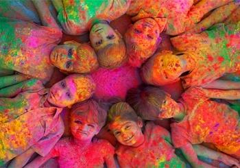 جشنواره رنگ هولی (Holi) | هند