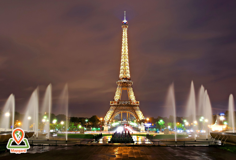 برج ایفل (Eiffel Tower) در شب