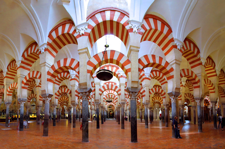 3) مسجد بزرگ کوردوبا (Great Mosque of Cordoba)