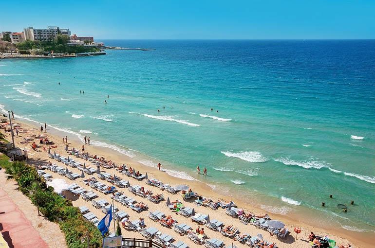 3) ساحل بانوان یا کادینلار دنیزی (Ladies Beach, Kadınlar Denizi)